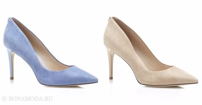 Коллекция обуви Guess весна-лето 2017: голубые и бежевые замшевые лодочки