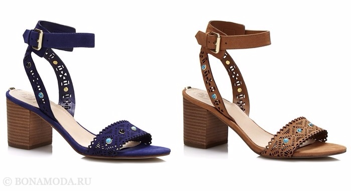Коллекция обуви Guess весна-лето 2017: синие и бежевые кружевные босоножки на низком устойчивом каблуке
