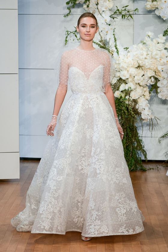 Пышные свадебные платья 2017-2018: винтажное кружево и прозрачная накидка