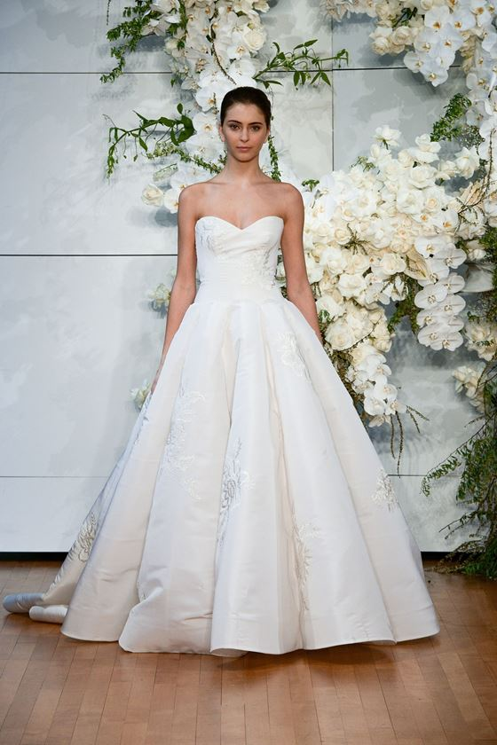 Пышные свадебные платья 2017-2018: классическое платье принцесса