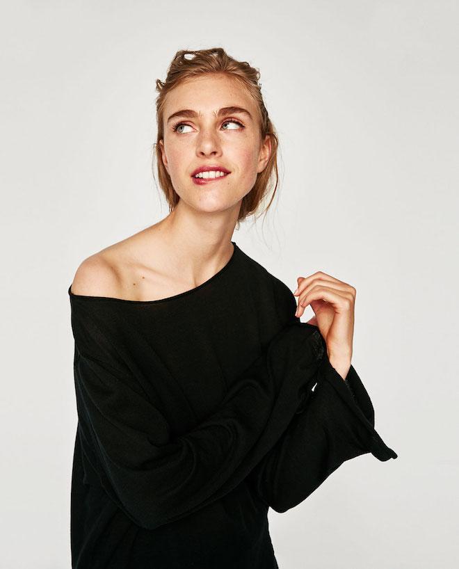 Лукбук коллекции Zara осень-зима 2017-2018: черный топ на одно плечо