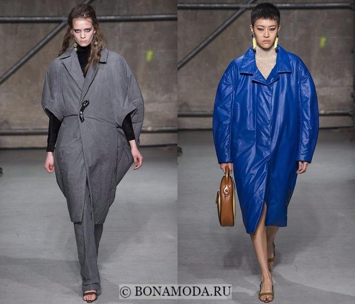 Модные женские пальто осень-зима 2017-2018: серое и синее баллон Marni