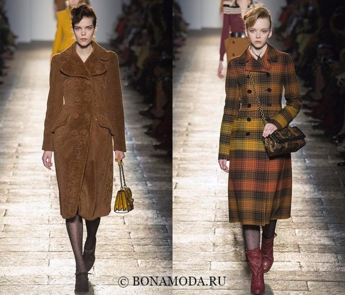 Модные женские пальто осень-зима 2017-2018: коричневые двубортные Bottega Veneta