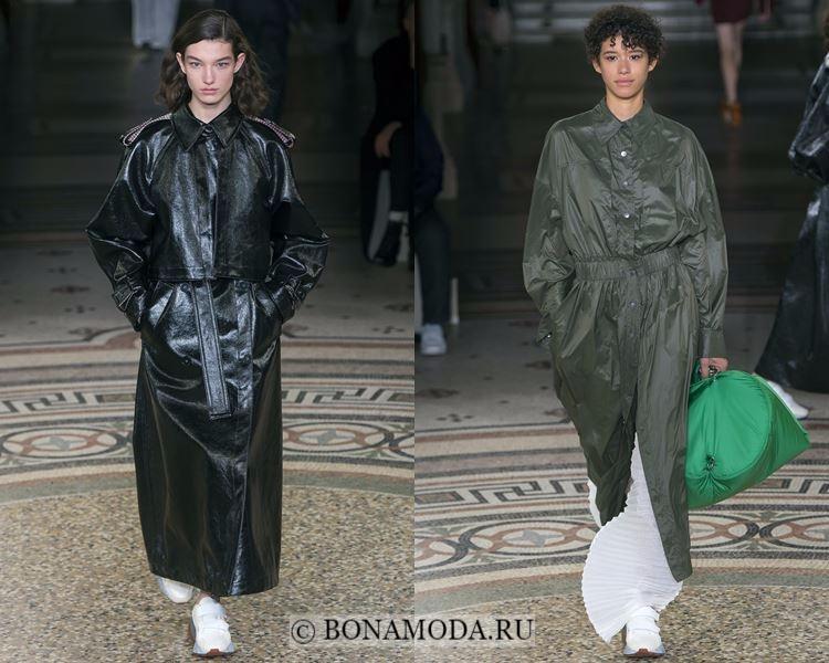 Модные женские плащи осень-зима 2017-2018: Stella McCartney - экологичная кожа и плащевая ткань