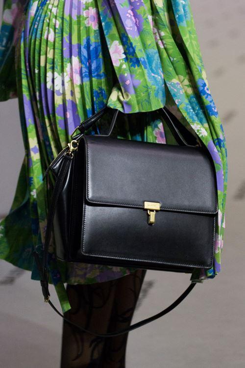 Сумки Balenciaga осень-зима 2017-2018 - черный кожаный портфель