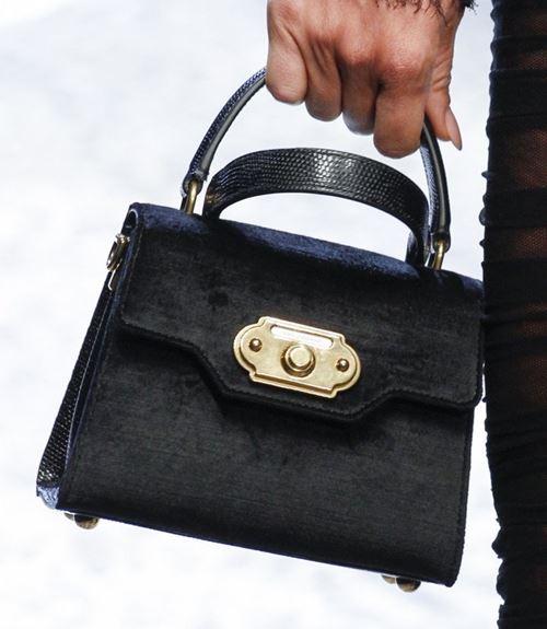 Сумки Dolce&Gabbana осень-зима 2017-2018: черная классическая sicily bag