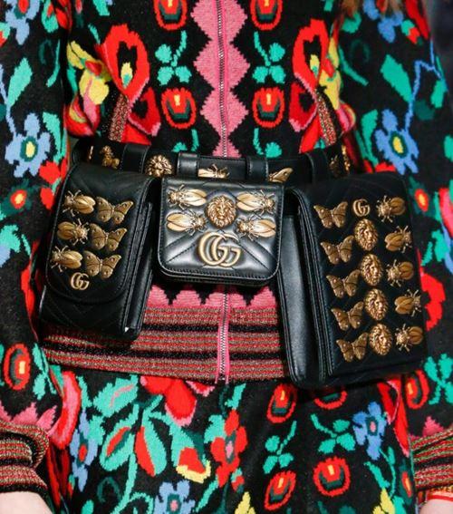 Сумки Gucci осень-зима 2017-2018: черные поясные маленькие
