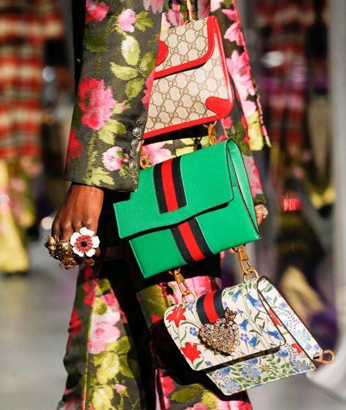 Сумки Gucci осень-зима 2017-2018: маленькие плоские