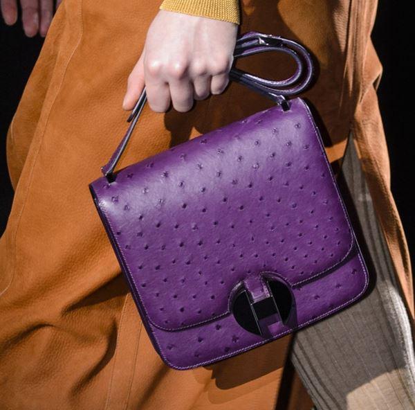 Сумки Hermès осень-зима 2017-2018: фиолетовая страусиная кожа