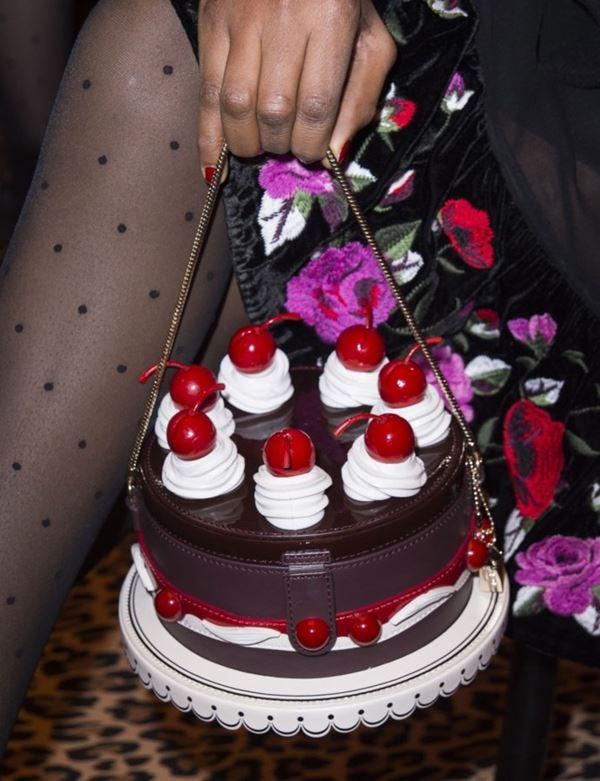 Сумки Kate Spade осень-зима 2017-2018: в форме торта