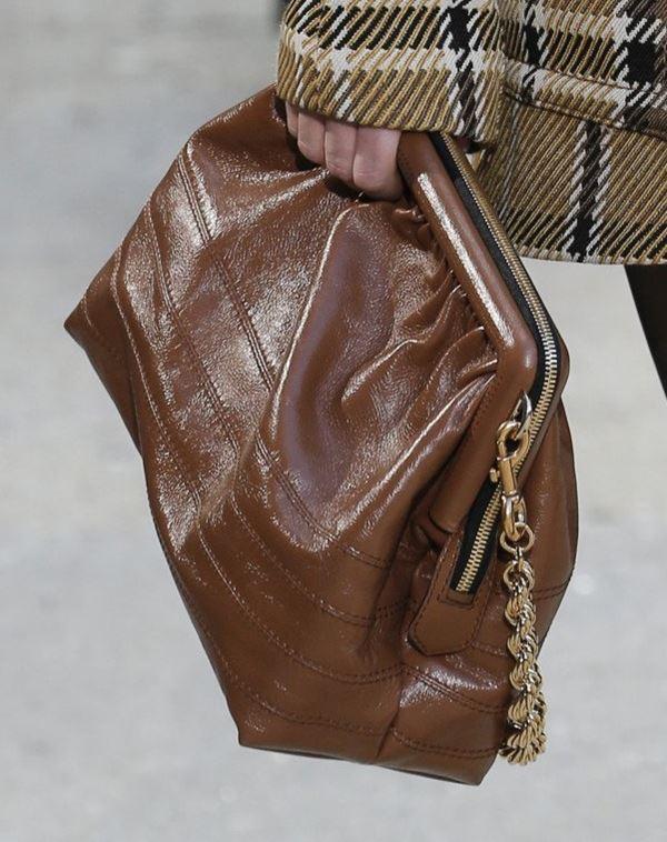 Сумки Marc Jacobs осень-зима 2017-2018: коричневая натуральная кожа ретро-стиль