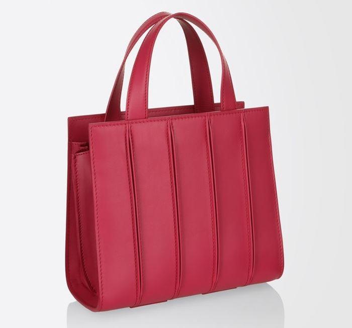 Сумки Max Mara осень-зима 2017-2018: маленькая красная Whitney Bag