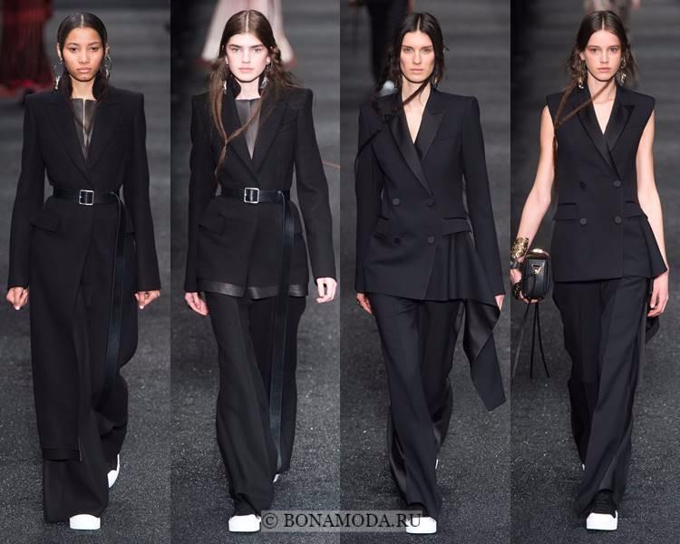 Женские брючные костюмы осень-зима 2017-2018: Alexander McQueen - классические чёрные