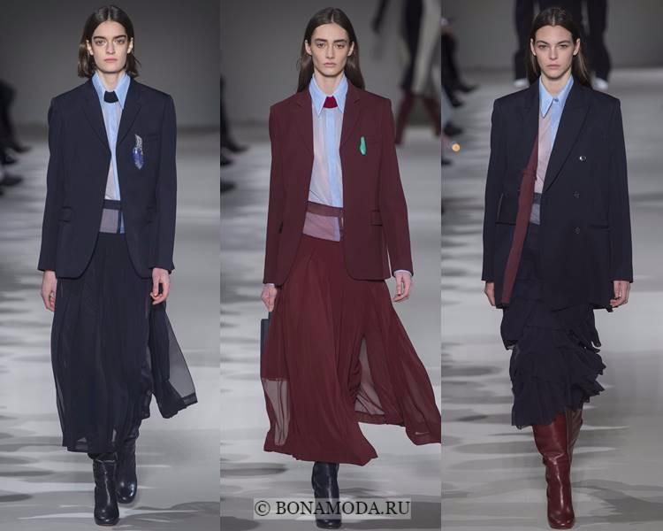 Женские костюмы с юбкой осень-зима 2017-2018: Victoria Beckham - тёмно-синие и бордовые