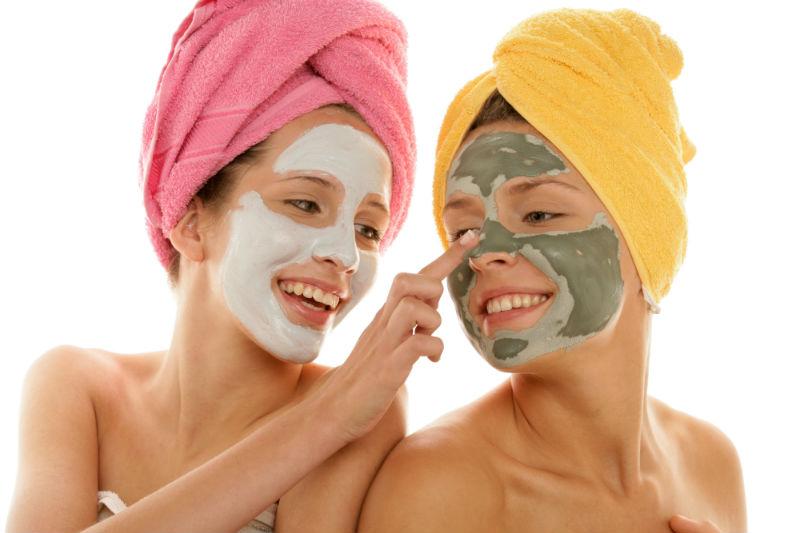 Лучшие маски для жирной проблемной кожи