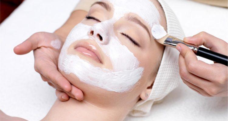 Лучшие питательные маски для сухой кожи
