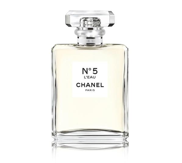 Новые ароматы Chanel 2016-2017: ChanelN°5 L'Eau - легкая цитрусовая туалетная вода