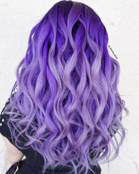 Фиолетовые волосы - длинные аметистовые локоны