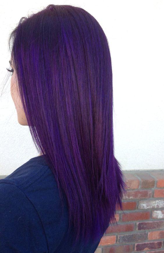 Фиолетовые волосы - длинные и гладкие в оттенке индиго