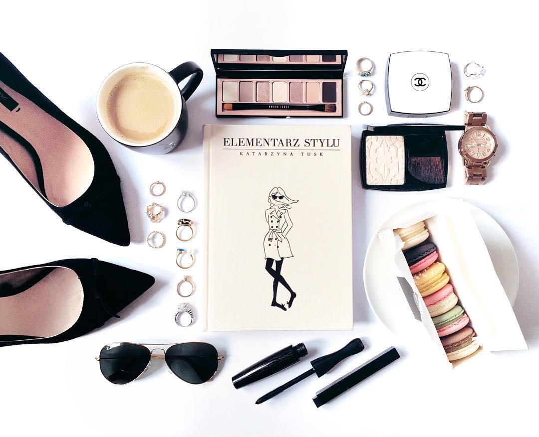 Интернет-магазины косметики и парфюмерии: список официальных сайтов