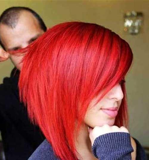 Красные волосы - яркий алый оттенок для асимметричного боб-каре