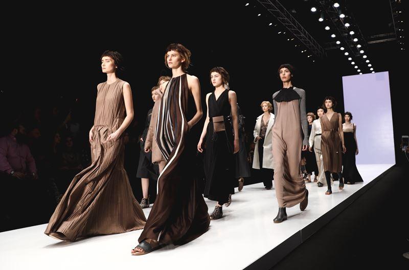 Неделя Мода Mercedes-Benz Fashion Week Russia в Москве (21-26 октября)