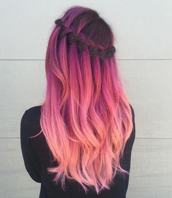 Розовые волосы: омбре с причёской водопад