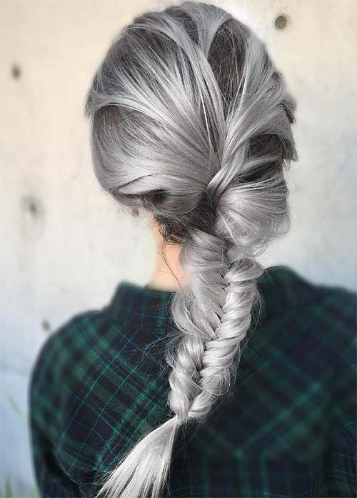 Серые волосы: классическая небрежная французская коса