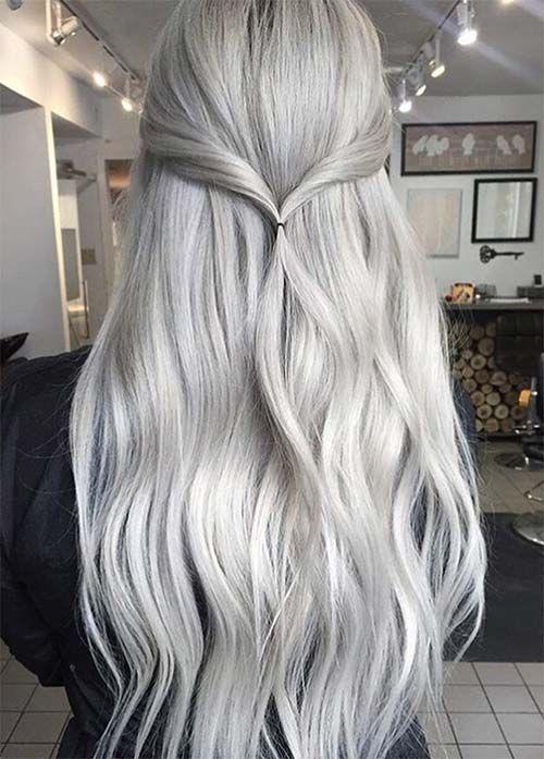 Серые волосы: длинные платиново-пепельные волосы