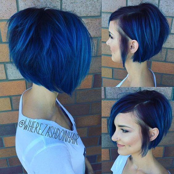 Синие волосы - асимметричное каре с длинной чёлкой