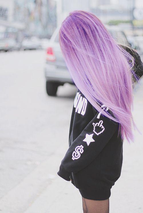 Сиреневые и лиловые волосы: длинные прямые розово-сиреневые