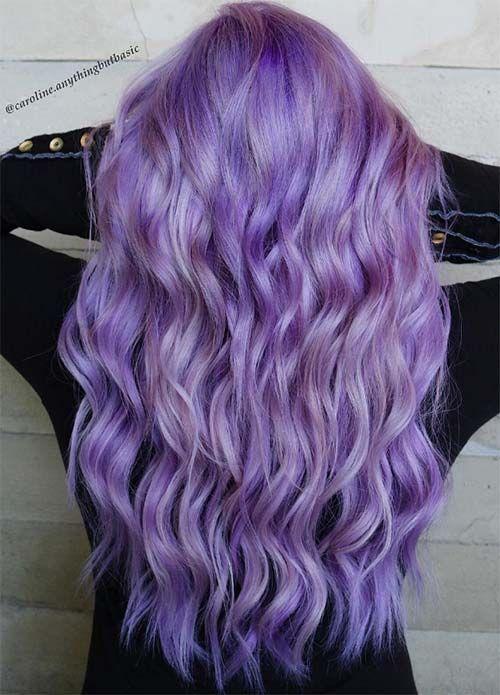 Сиреневые и лиловые волосы: длинные мелкие локоны в ярком цвете