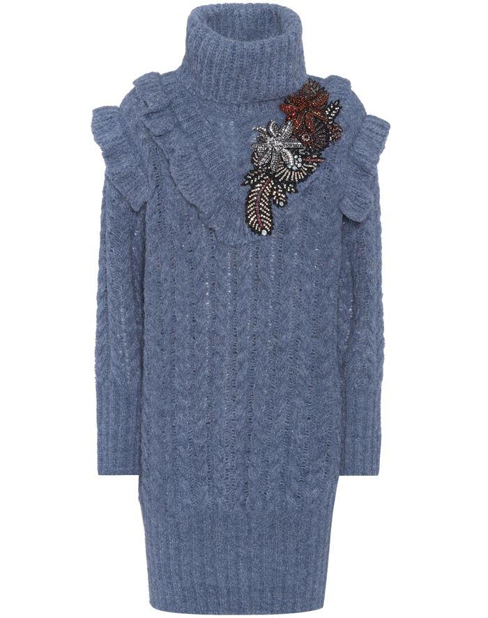 Тёплые вязаные платья-свитер 2018 - серо-голубок с высоким воротом и косичками