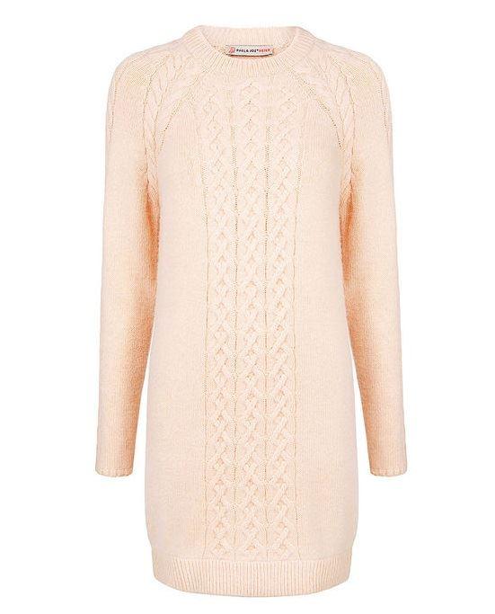 Тёплые вязаные платья-свитер 2018 - кремово-бежевое облегающее с косичками