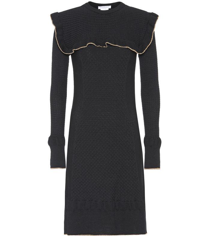 Тёплые вязаные платья-свитер 2018 - чёрное в винтажном стиле
