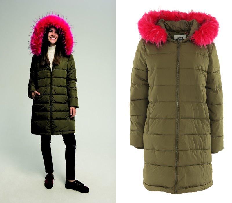 Верхняя одежда ТВОЕ осень 2017 - длинное стёганое пальто хаки с розовым мехом на воротнике