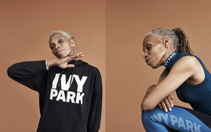 Лукбук коллекции Ivy Park осень-зима 2017-2018 - черная толстовка и синий комплект