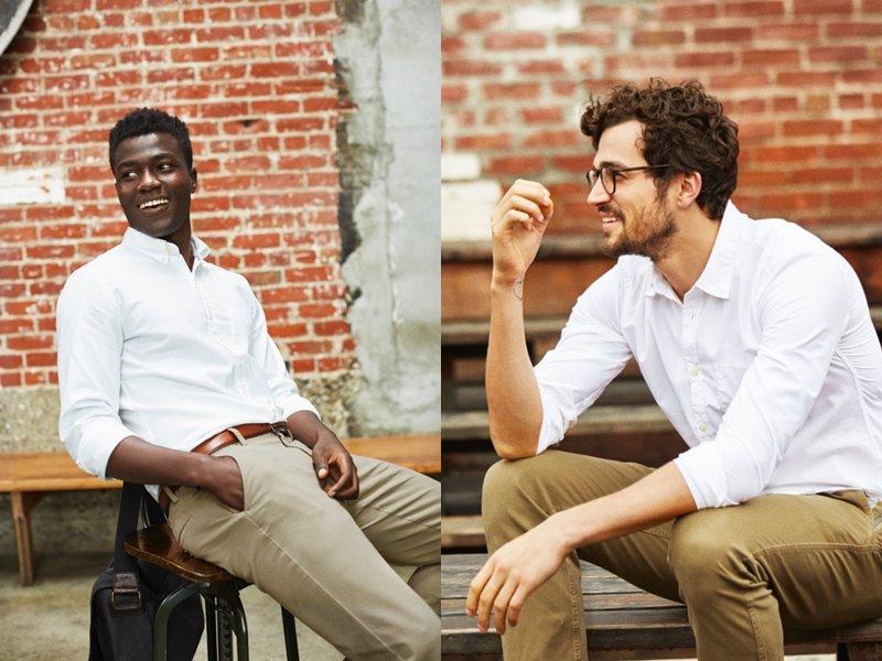 Коллекция мужской одежды Dockers осень-зима 2017-2018 - белая рубашка и бежевые брюки