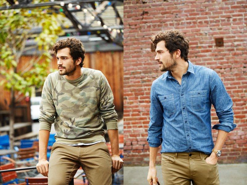 Коллекция мужской одежды Dockers осень-зима 2017-2018 - лонгслив и джинсовая рубашка и бежевые хаки брюки
