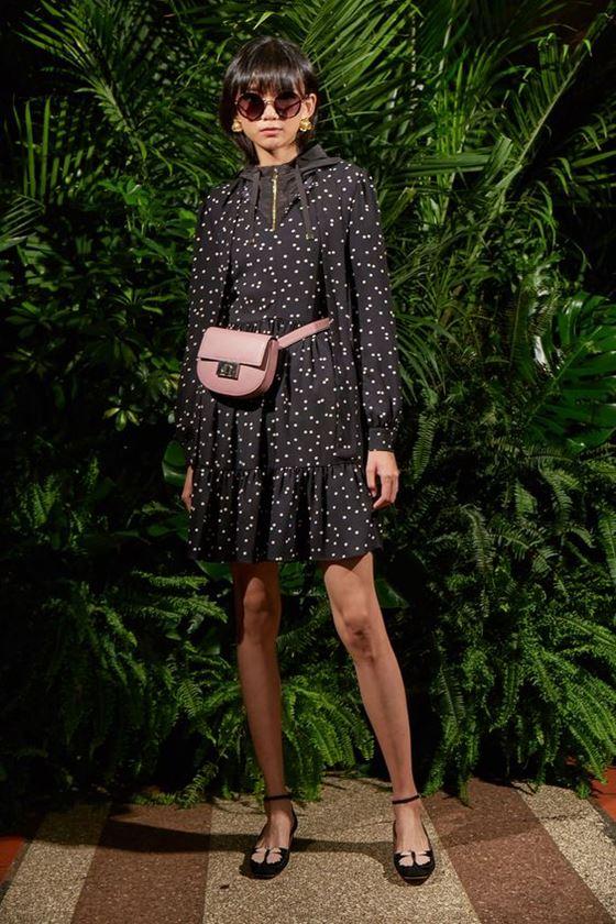 Платья в горошек весна-лето 2018 - короткое коричневое с длинным рукавом