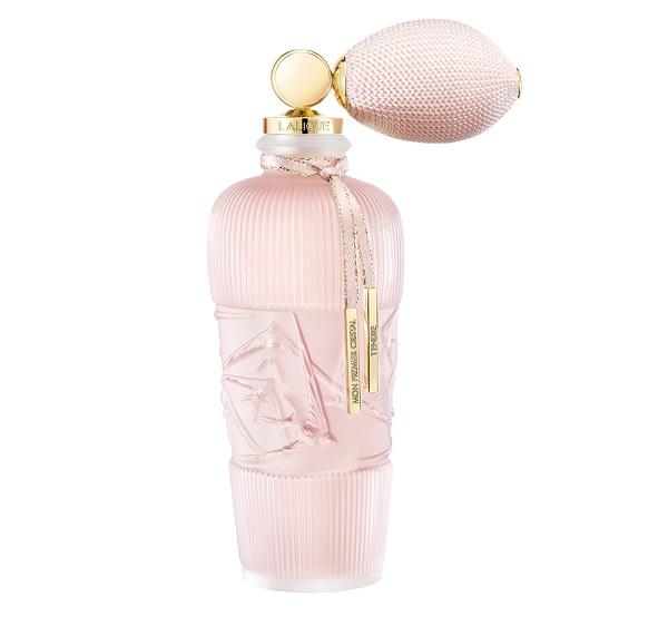 Духи с ароматом пудры - Tendre (Lalique): пудра и роза