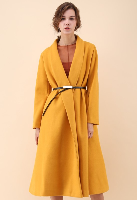 Шерстяное горчичное пальто-халат с запахом