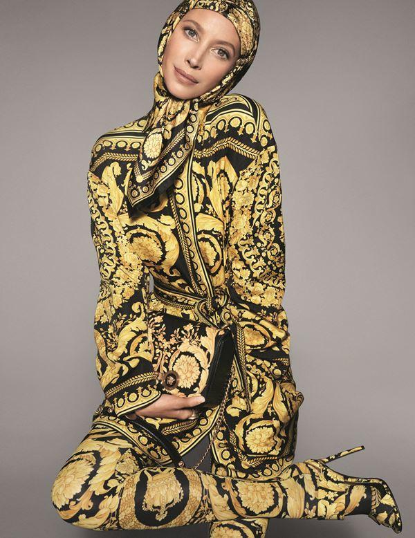 Рекламная кампания Versace весна-лето 2018 - Кристи Тёрлингтон