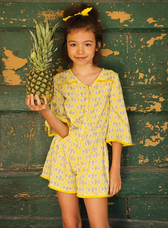 Детская мода для девочек весна-лето 2018 - жёлтый комбинезон с шортами