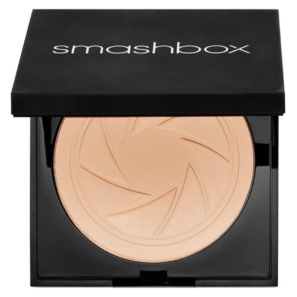 Лучшие плотные тональные кремы - Smashbox Photo Filter Powder Foundation