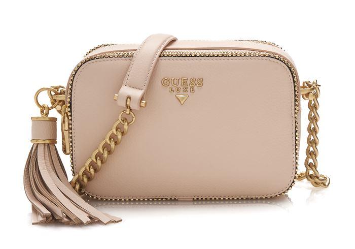 Сумки Guess Luxe весна-лето 2018 - бежевая поясная сумка на цепочке