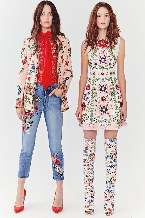 Женские джинсы весна-лето 2018 - Укороченные джинсы скинни с цветочными аппликациями