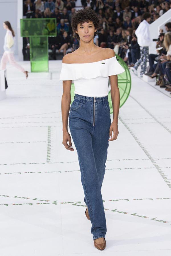 Женские джинсы весна-лето 2018 - Классические прямые джинсы с завышенной талией