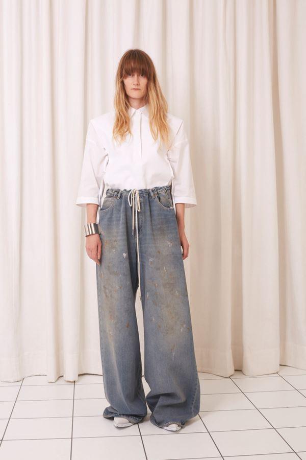 Женские джинсы весна-лето 2018 - Протёртые серые джинсы-палаццо