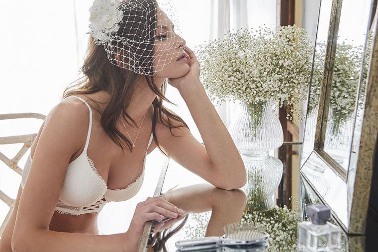 Свадебная коллекция нижнего белья Women'secret 2018 - белый кружевной бюстгальтер